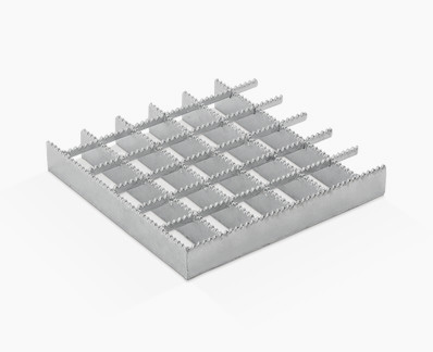 Pressed grating with different strips and continuous serrations.